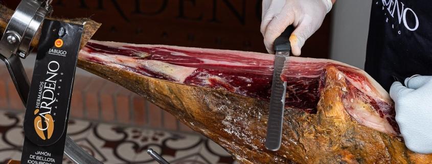 cortar un jamón